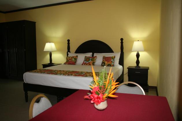 Golden Shore Resort, Jamaica