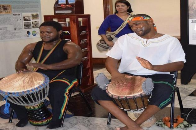 Folk musicians at the Montego Bay Cultural Centre