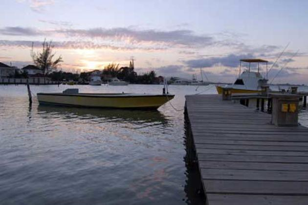 Glistening-waters-at-Dawn