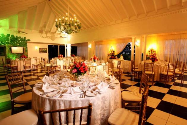 Half-Moon,-A-RockResort,-Rose-Hall,-Jamaica---Royal-Pavilion-Interior