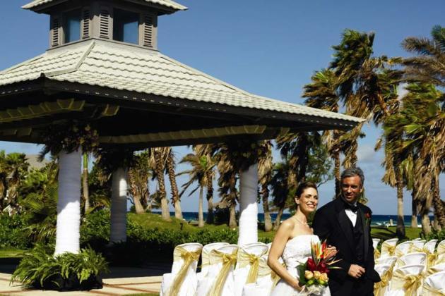 HalfMoonJamaica.Wedding.GazeboL