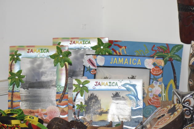 Ruthland Point Craft Market,Negril