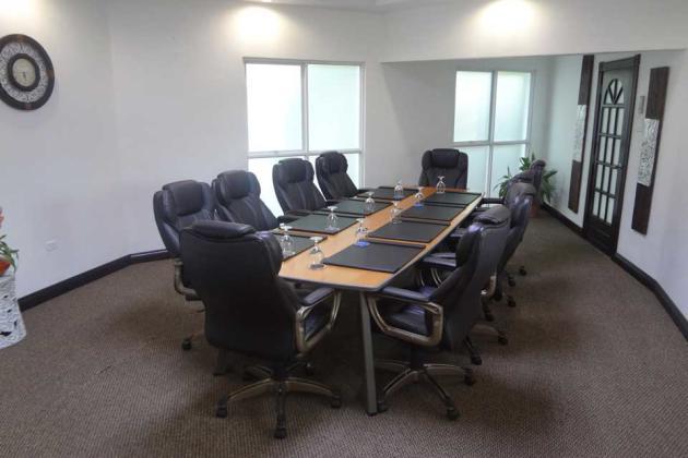 altamont_court_hotel_board_room