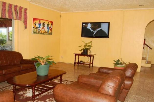casa maria_living room2gallery