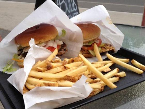 1103_bobs_atomic_burger.jpg