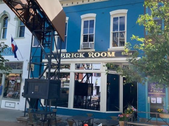Miners saloon Brick Room