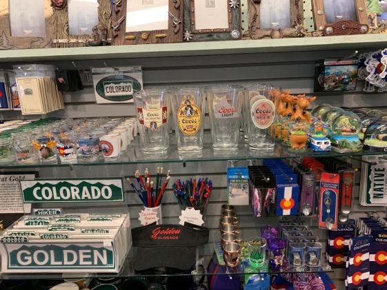 Avenue gifts glassware