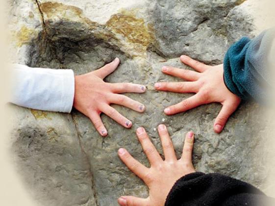 dinosaur Ridge hands
