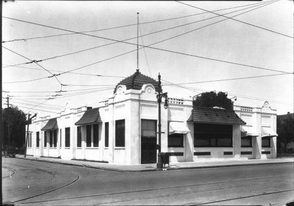 Mentholatum Building 1928