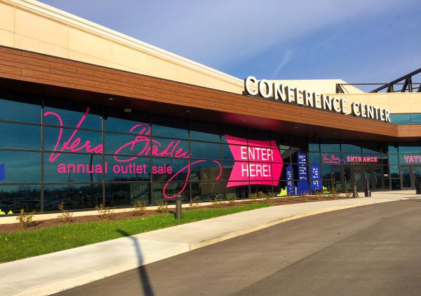 Vera Bradley Annual Outlet Sale 2016 Entrance - Fort Wayne, IN