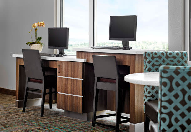 Residence Inn Workstation