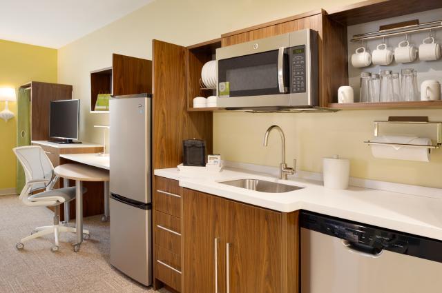 Home2 Suites Suite