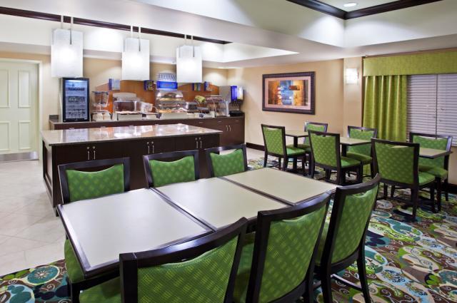 Holiday Inn Express Breakfast