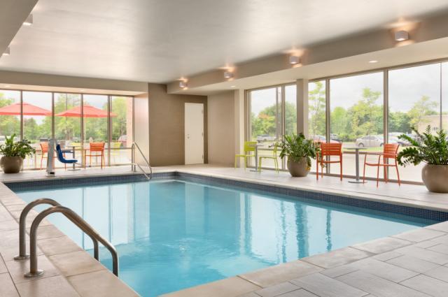Home2 Pool