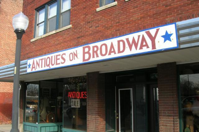 Broadway-web.jpg