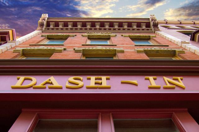 Dash-In1.jpg