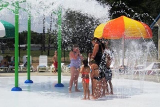 Jury Pool Splash Pad