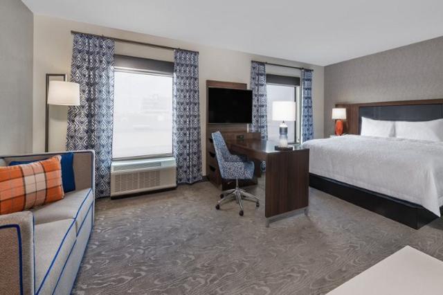 Hampton Inn & Suites Downtown Fort Wayne