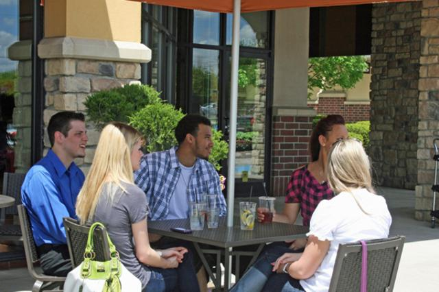 Panera-Outside-dining-WEB.jpg