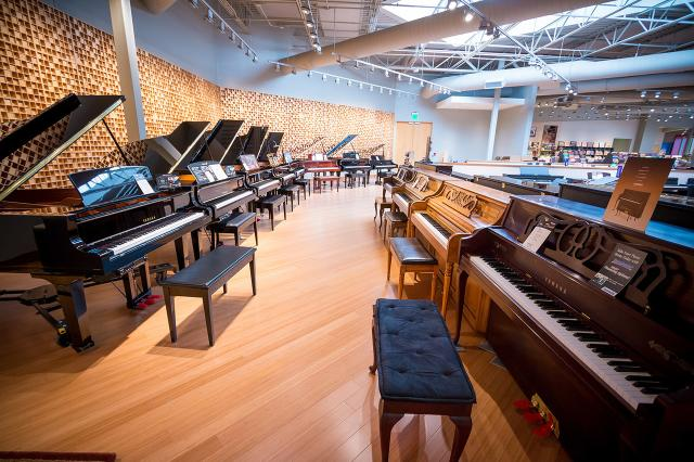 Sweetwater pianos
