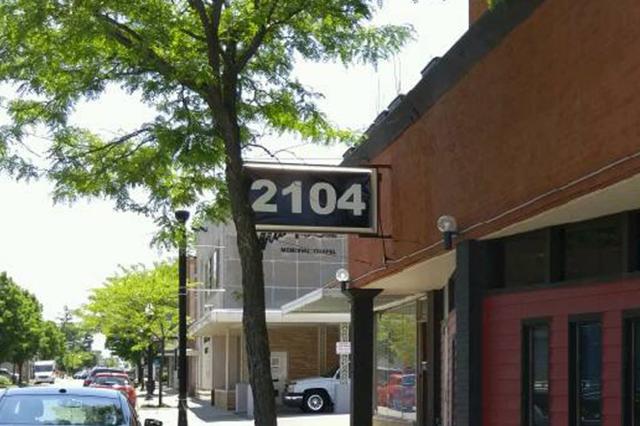 2104 Fort Wayne