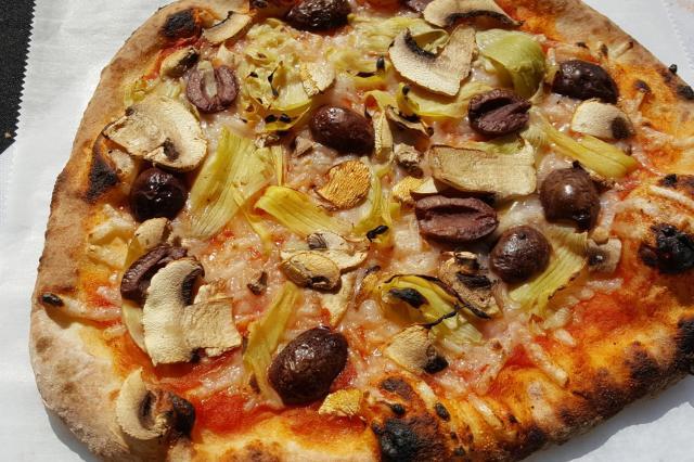 Alto Grado Happy Vegan Pizza