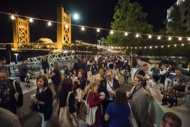Desserts after Tower Bridge Gala Dinner in Sacramento, America's Farm-to-Fork Capital