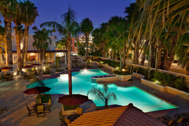 Crowne Plaza San Marcos Resort Pool