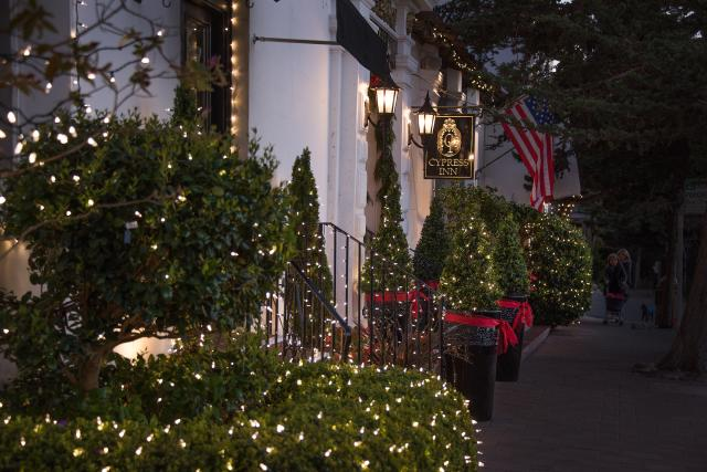 Cypress Inn Christmas