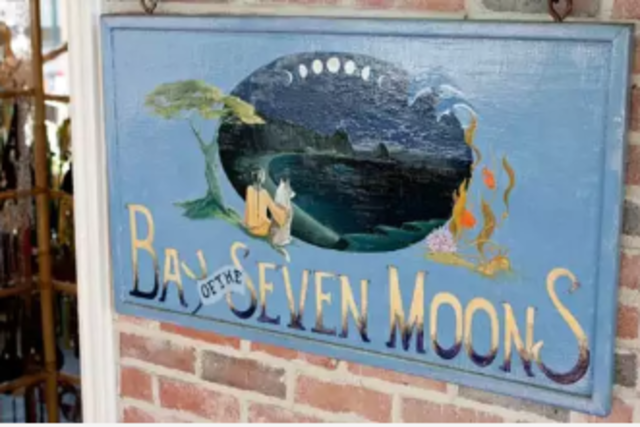 Bay of the Sevens Moons