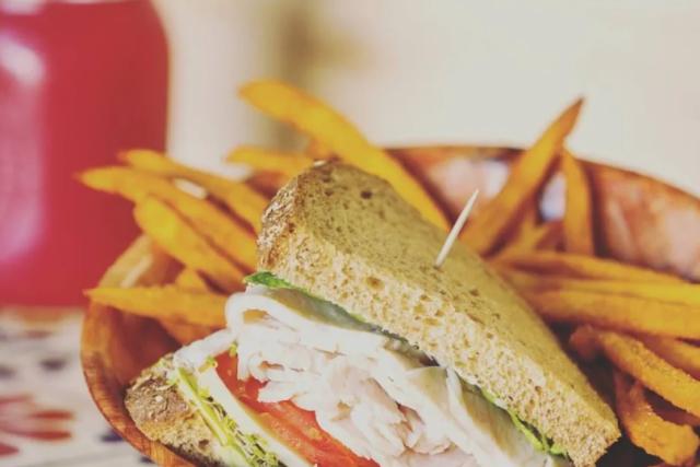 Cafe metropole sandwich