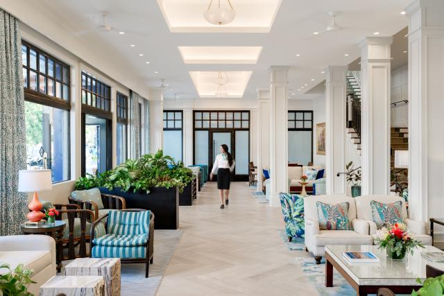 Hotel Atwater Lobby