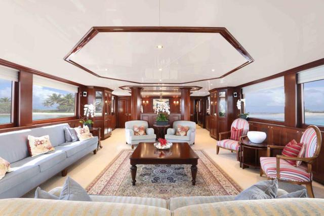 Luxury Liners Upscale Lounge