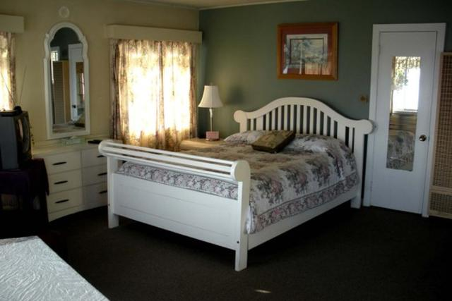 Buena Vista Marya Room