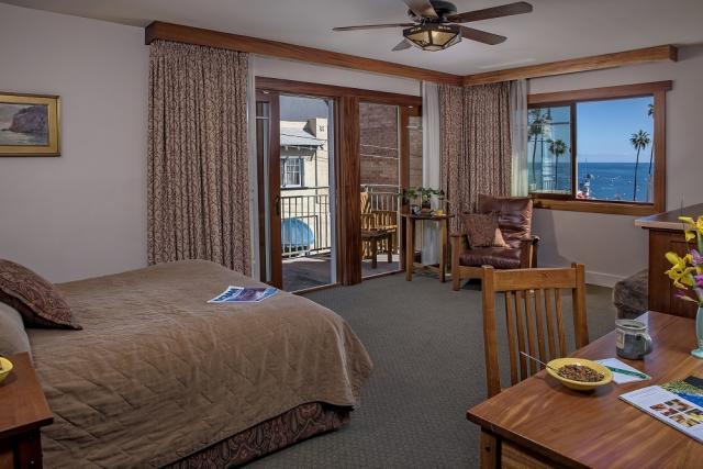 Room 101-01 resized to 1000 pixels.jpg