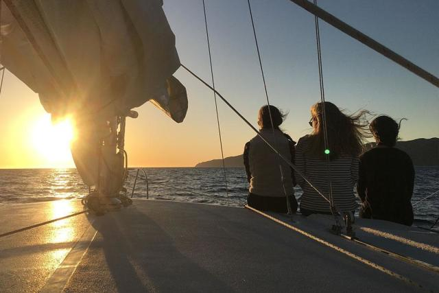 catalina-adventure-sailing-014726928693lU.jpg