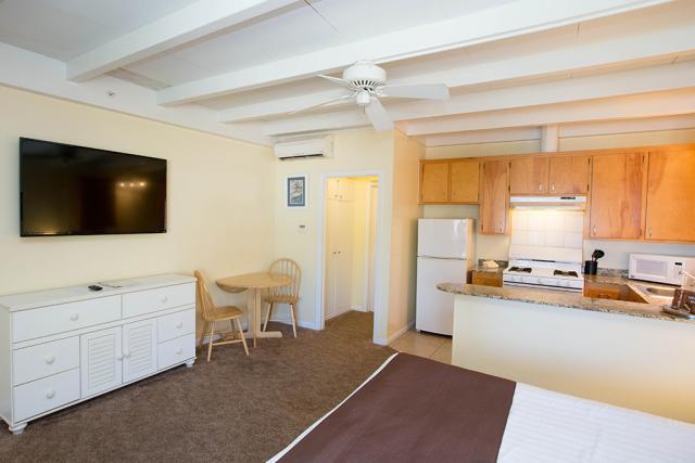 El Terado Terrace Mini Suite Living Room