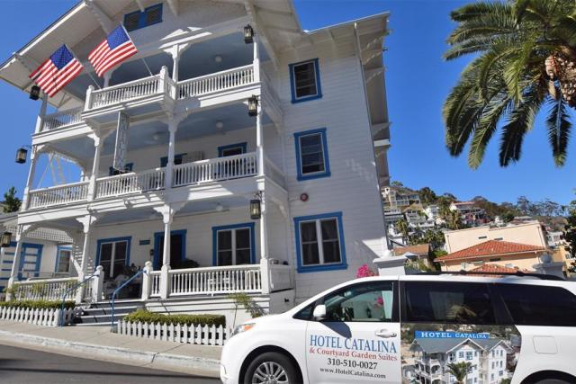 hotel-catalina-courtyard-garden-suites-014726906596Ls.jpg