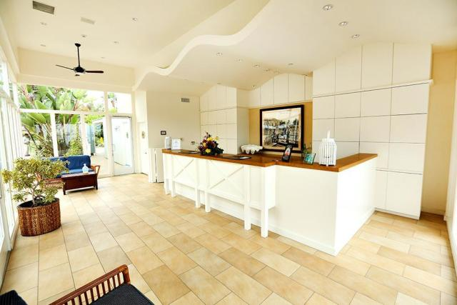 pavilion-hotel-01472690704S1e.jpg