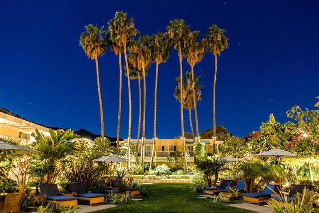 pavilion-hotel-01472690704Wf8.jpg