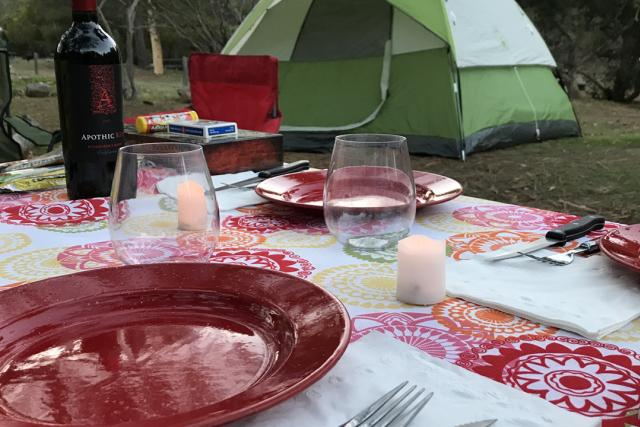 tent_and_plate_set_up.jpg