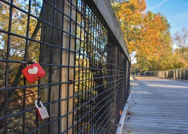 @JohnPFelts Fort Wayne Trail Fall Photo