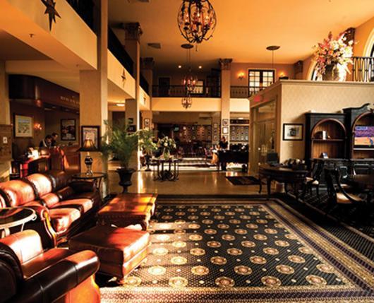 HistoricHotelBethlehem_Lobby_DiscoverLehighValley.jpg