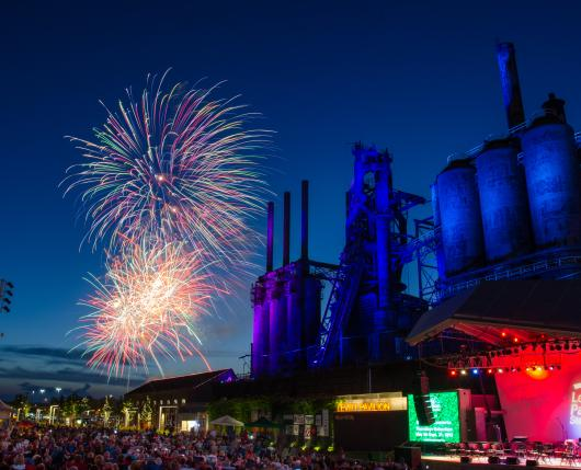 ArtsQuest_Fireworks01_DiscoverLehighValley_JonathanDavies