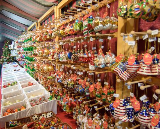 Christkindlmarkt_Ornaments01_DiscoverLehighValley