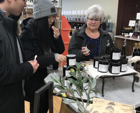Customers Sampling Producs