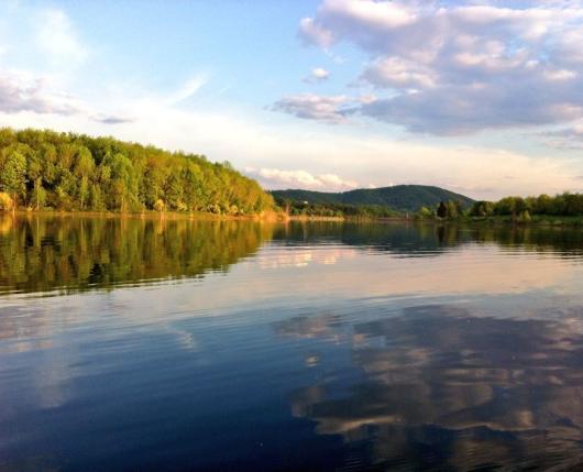 Sun over Leaser Lake