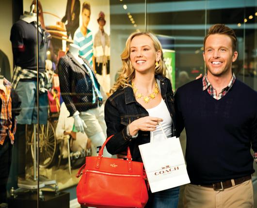 Outlet-Shoppers_Original_6009.jpg