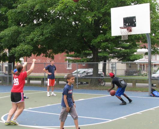 Roosevelt Park Basketball Court