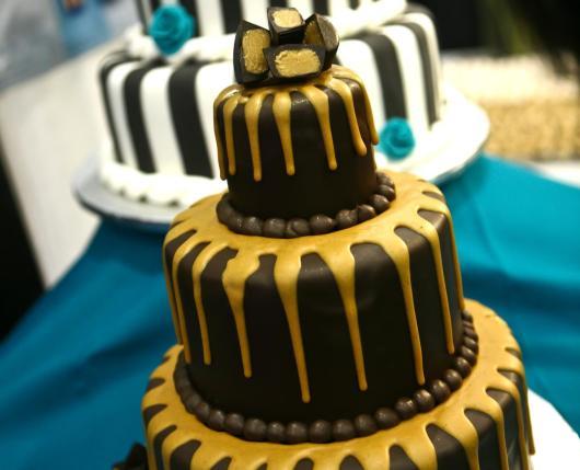 Vegan Treats Wedding Cakes